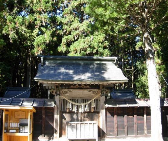 護山神社本殿